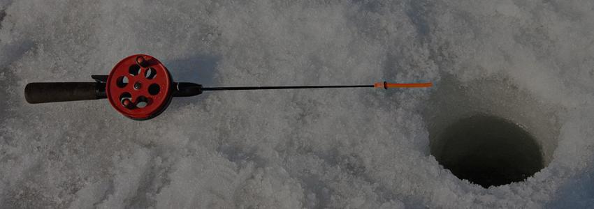 Сахалинские спасатели сняли с оторвавшейся льдины 17 любителей подледной рыбалки